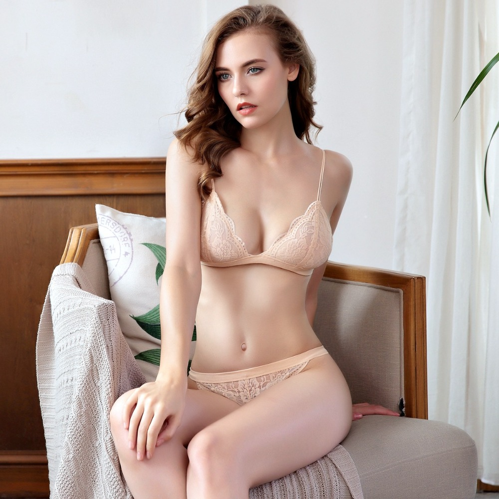 Krastmoon Woman Ultra Thin Bra Set Sexy Lace Bra Briefs Set Comfort Wire Free Bra Panties Sexy Transparent Underwear Set BS131