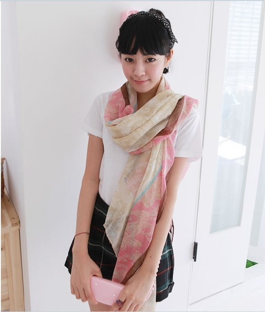 W014   Hot!! New Year Christmas Gifts Bohemian Red and Blue Stitching Warm Scarf Paragraph  Wholesales Jewelry