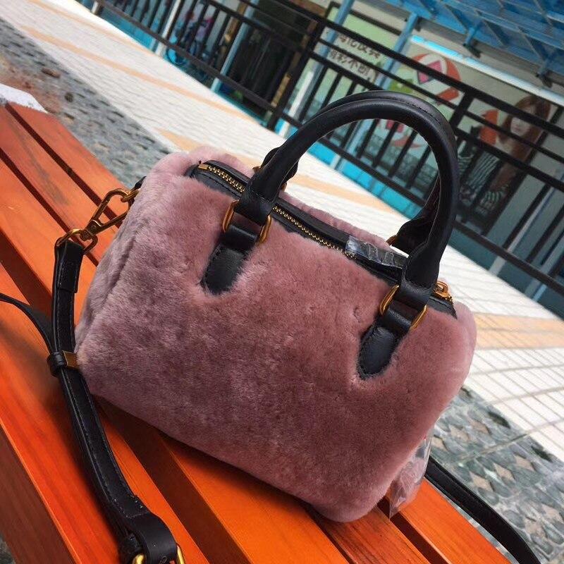 2018 Winter Real Fur Shoulder   Handbags Women Tote Lamb Wool Small Tote  Cute Purse Classic 7baa28867bb4a
