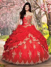 Gold Lace Appliques Beaded Sweetheart Organza Layered Red Quinceanera Dresses Ball Gowns 2015 Vintage Gothic Masquerade Gown
