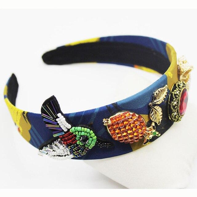 Lujo nueva moda vintage barroco corona piña pelo del arco cristalino de la  boda Accesorios de f7e4e9d50d2e