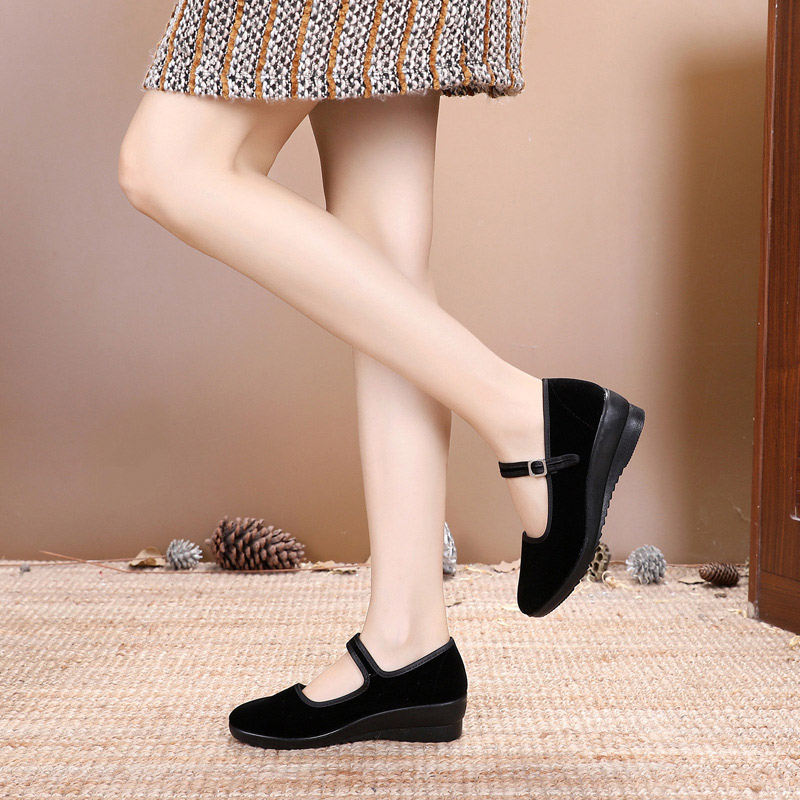 Women Mary Jane Suede Wedges Shoes Buckle Pumps Comfort Round Toe Female Platform Fashion Casual Footwear Ladies Classic Shoes