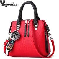 Из искусственной кожи Для женщин сумка меховой шарик кроссбоди женская сумочка с клапаном сумка Твердые Цвет Сумки