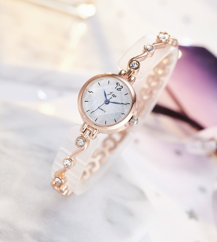 2019 New Brand Bracelet Watches Women Luxury Crystal Dress Wristwatches Clock Women's Fashion Casual Quartz Watch reloj muje