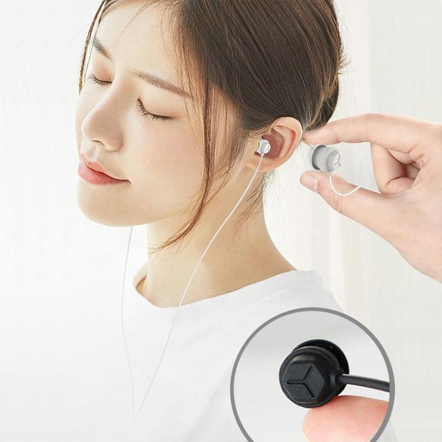 سماعة النوم في الأذن سماعة لينة من السيليكون سماعة خفيفة الوزن مع ميكروفون 3.5 مللي متر إلغاء الضوضاء سماعة للهاتف