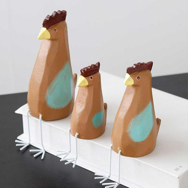 Wooden Chicken Figurines Set