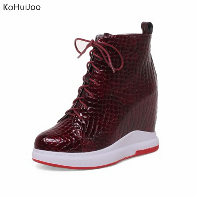KoHuiJoo New Women Casual Height Increasing Flats Lace Up Flat Platform Walking Flat Shoes Fashion 2018 Winter Women Sneakers