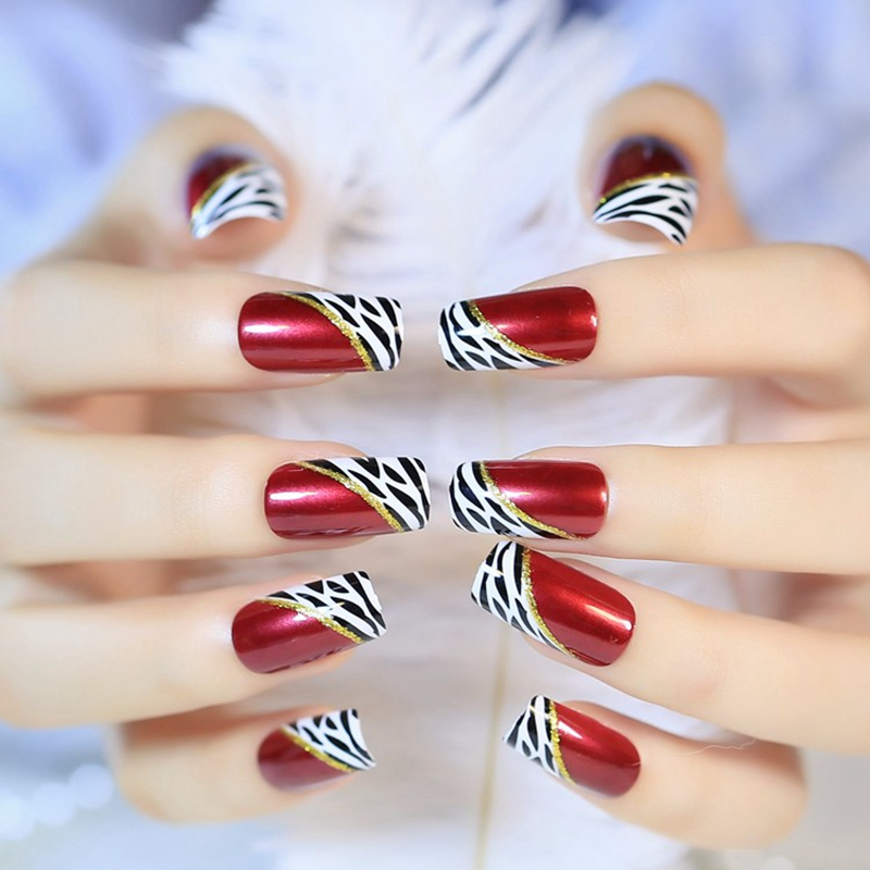 Sexy Red Wine Medium False Nails Lady Sexy Leopard Pattern Artificial Nails DIY Manicure Tool Easy to Use with Glue Sticker Z328
