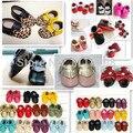 Venta caliente genuino de bebé de cuero zapatos mocasines arco zapatos de las niñas rosa metálico colorido bebé recién nacido soft moccs botines niño