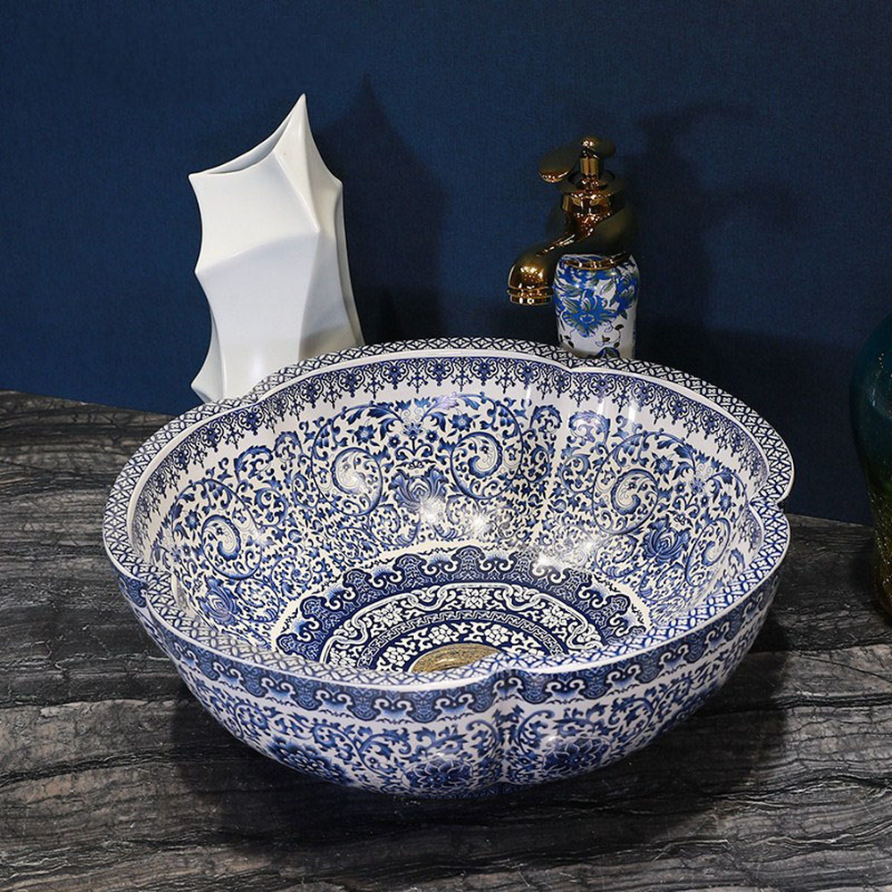 все цены на Blue and white porcelain above counter basin Jingdezhen ceramic washbasin Chinese basin petals art round wash basin LO612339 онлайн