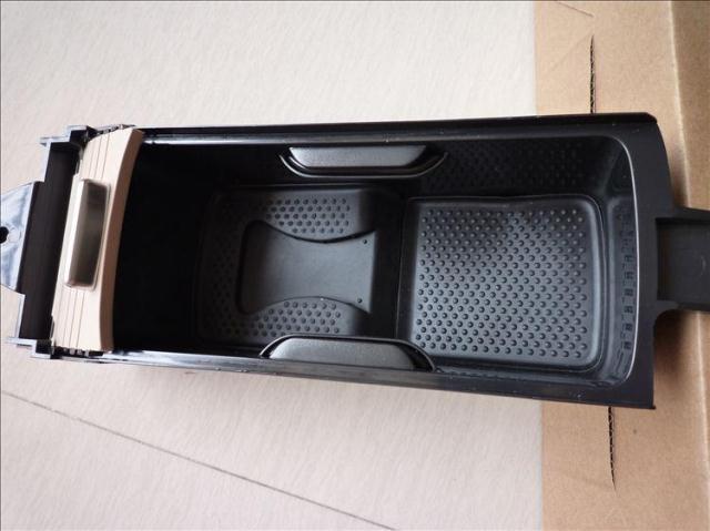 OEM VW Suporte de Copo Preto Para Jetta MK5 Golf MK6 Sem Abridor de Garrafas 5KD 862 531 95 T