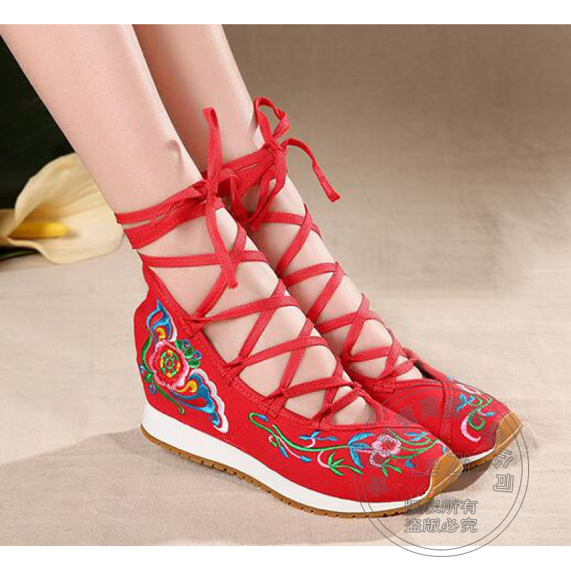 ФОТО Soft Leather Luxury Shoes For Women Belgravia Mixed Colors Platform Appliques Shoe Internal Height Increase Hand-sewn