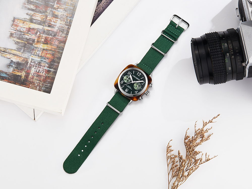 2019 Classic Chronograph Quartz Watches androgynous Fashion Watch His or Hers Wristwatch for Men Women Lovers Wedding Romantic Gift  (15)