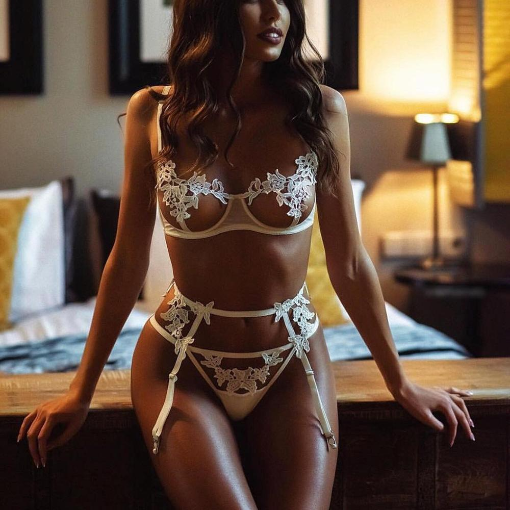3Pcs Women Sexy Lingerie Set Erotic Floral Embroidery Bra With Thong Brief Garter Porno Sex Open Bra Babydoll Langerie Underwear