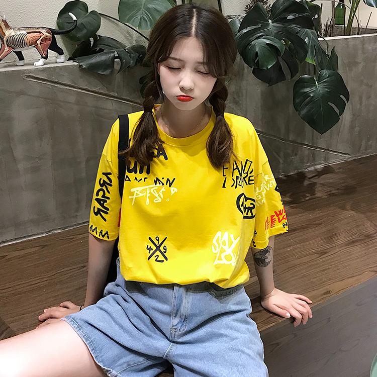 T-shirts Women Graffiti BF European Style Loose Harajuku Hip Hop Streetwear Chic Couple Clothes Unisex Daily Tshirt Womens Soft 81