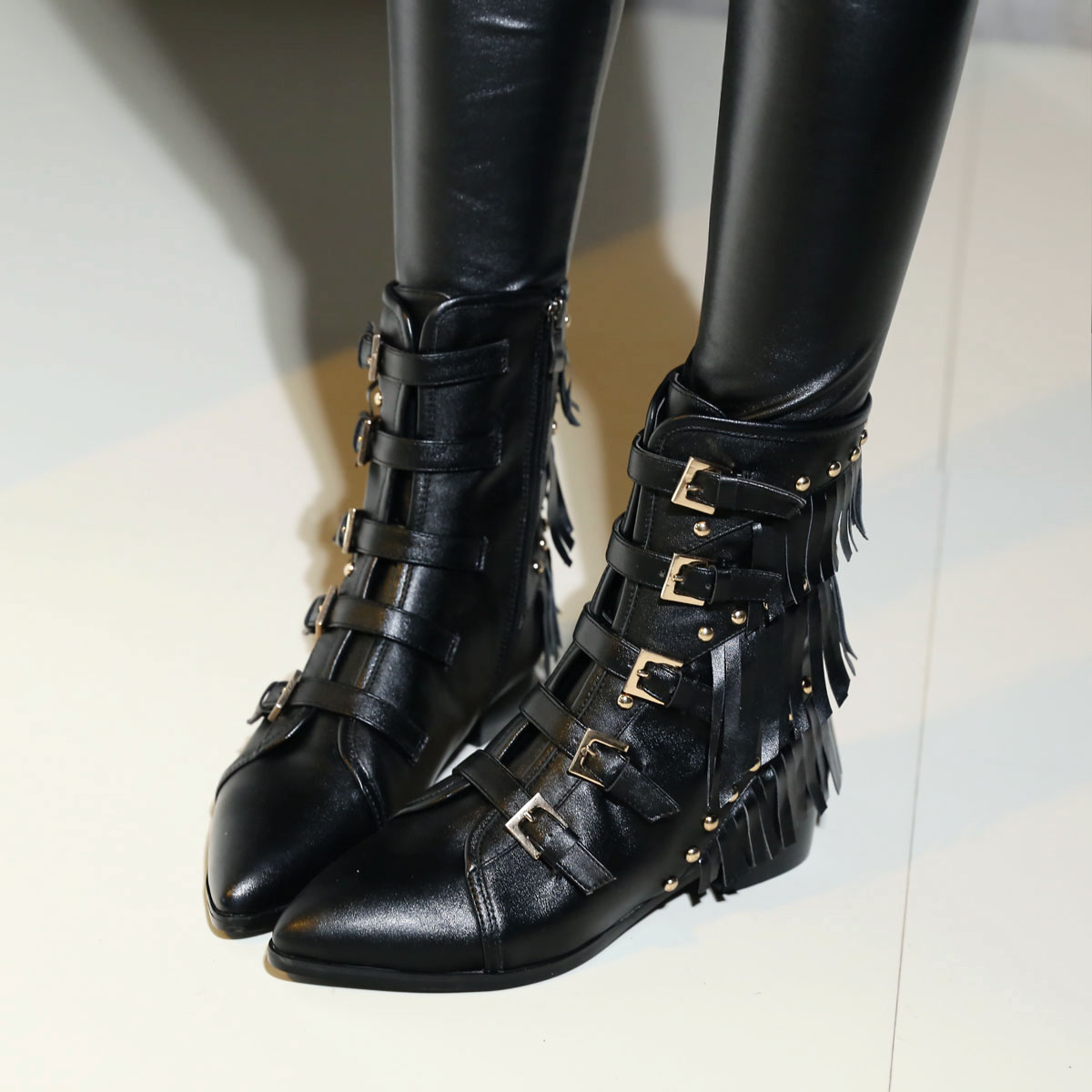 Women Spring Autumn Flats Genuine Leather Side Zipper Buckle Rivets Tassel Pointed Toe Fashion Knight Boots Size 34-39 SXQ0801 spring autumn solid metal decoration flats shoes fashion women flock pointed toe buckle strap ballet flats size 35 40 k257