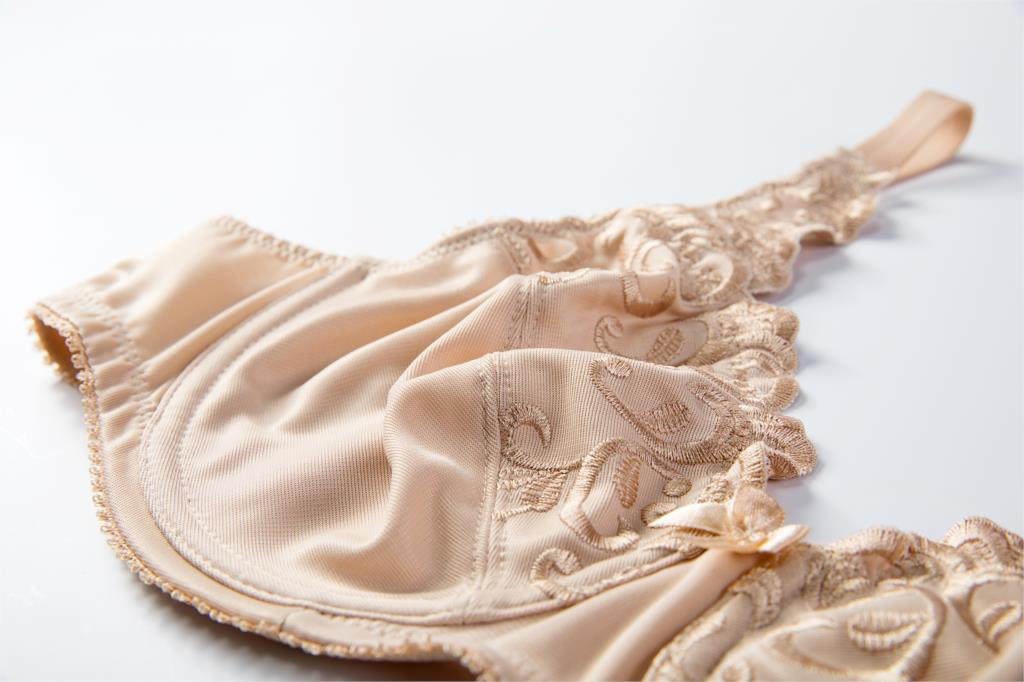 Женский бюстгальтер-минимайзер размера плюс на косточках с цветочной вышивкой 34-42 C D DD E F