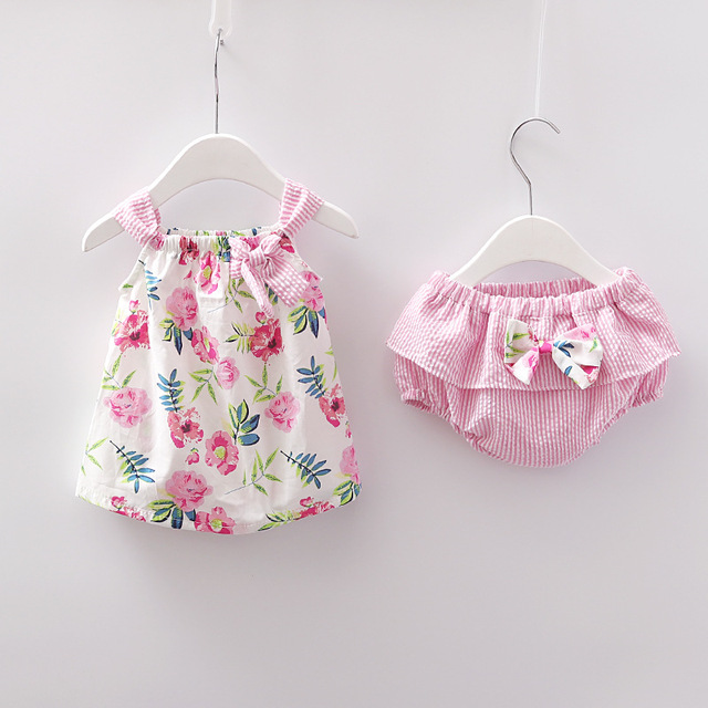 31c1759278e 2018 Newborn Baby Girls Clothes Sleeveless Dress+Briefs 2PCS Outfits Set  Striped Printed Cute Clothing Sets Summer Sunsuit 0-24M