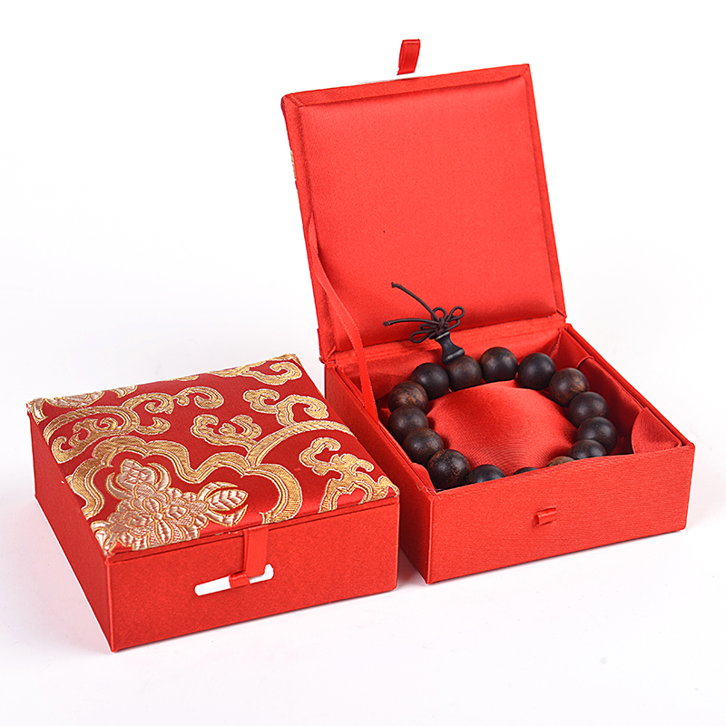 Lucky Jacquard Cotton Filled Square Gift Boxes for Jewelry Bracelet Storage Box Silk Brocade Cardboard Decorative Packaging Case