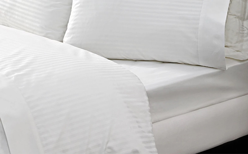 white stripe 1 cm