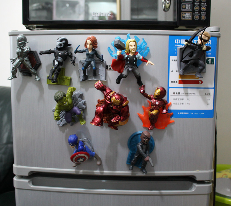10pcs/lot America style anime characters Marvel hero Captain 3D fridge magnets Toy Figures Refrigerator magnets Children toys
