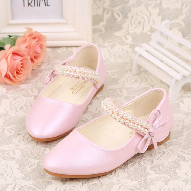 qloblo Kids Princess Shoes Mules Clogs Spring Beading Children Wedding  Sandals Dress Shoes Party Shoes For Girls Pink White 17ae409a79b8