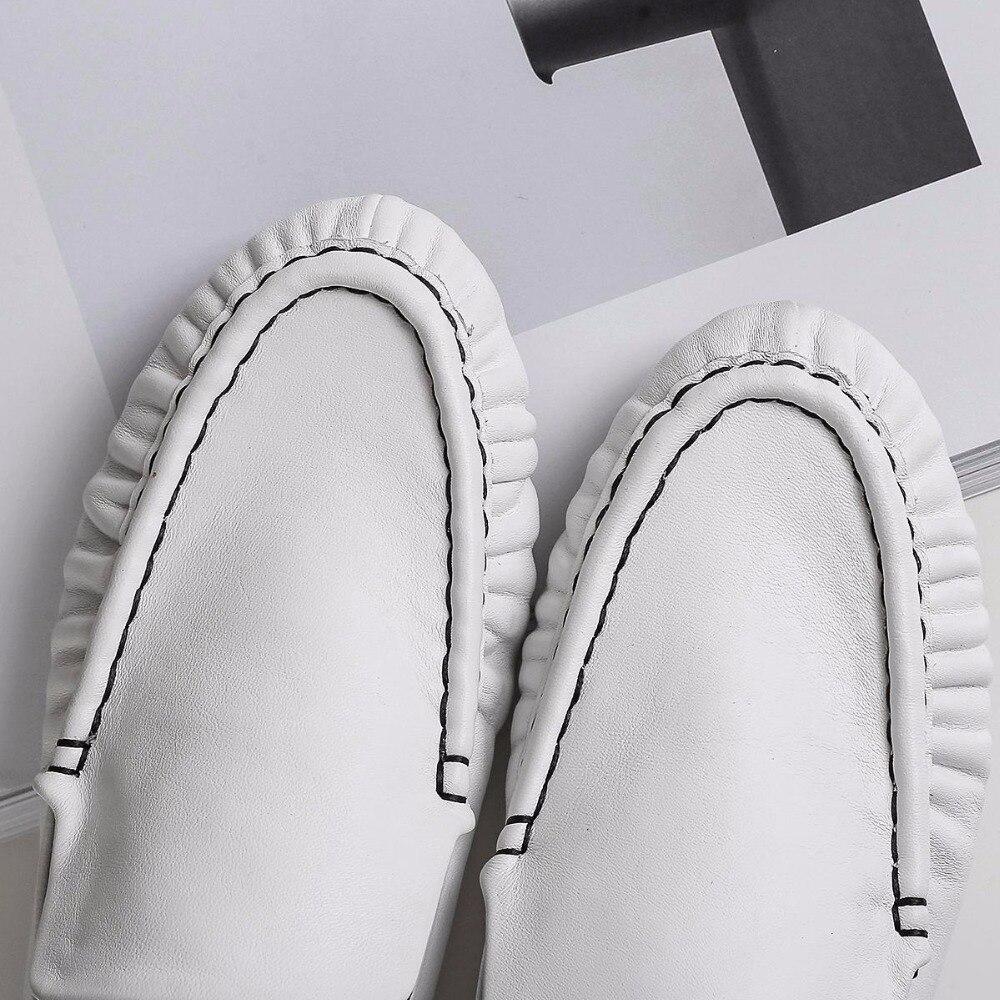 Souple Appartements En Mode Style Pot De Simple Véritable Sur Conception Rond Bout Krazing Lcf5 Noir Européen Concise Streetwear Slip blanc Cuir E6q8npaZ
