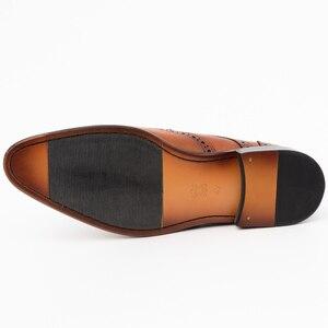Image 5 - Zapatos de vestir con punta para hombre, calzado masculino de cuero genuino, Brogue, Color amarillo, correa de hebilla, moda de lujo, zapatos formales de boda