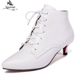 Image 2 - Sgesvier nowa moda kobiety pointed toe sznurowane med heel botki lady stałe cienki obcas krótkie buty czarny czerwony rozmiar 33 46 B882