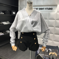 Shirt Women 2018 New Spring Ladies Temperament Sexy Cross V Collar Pearl Button Loose Blouse Ladies