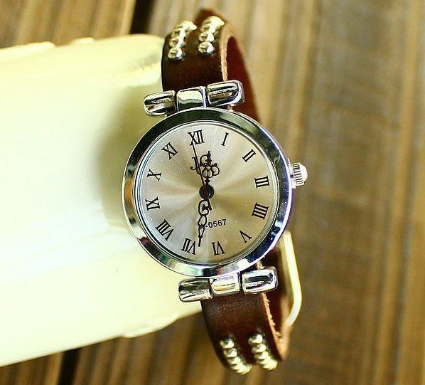 Wholesale Genuine Cow leather Punk Two rows Rivets Roma vintage wristwatches.TOP quality.free shipping.