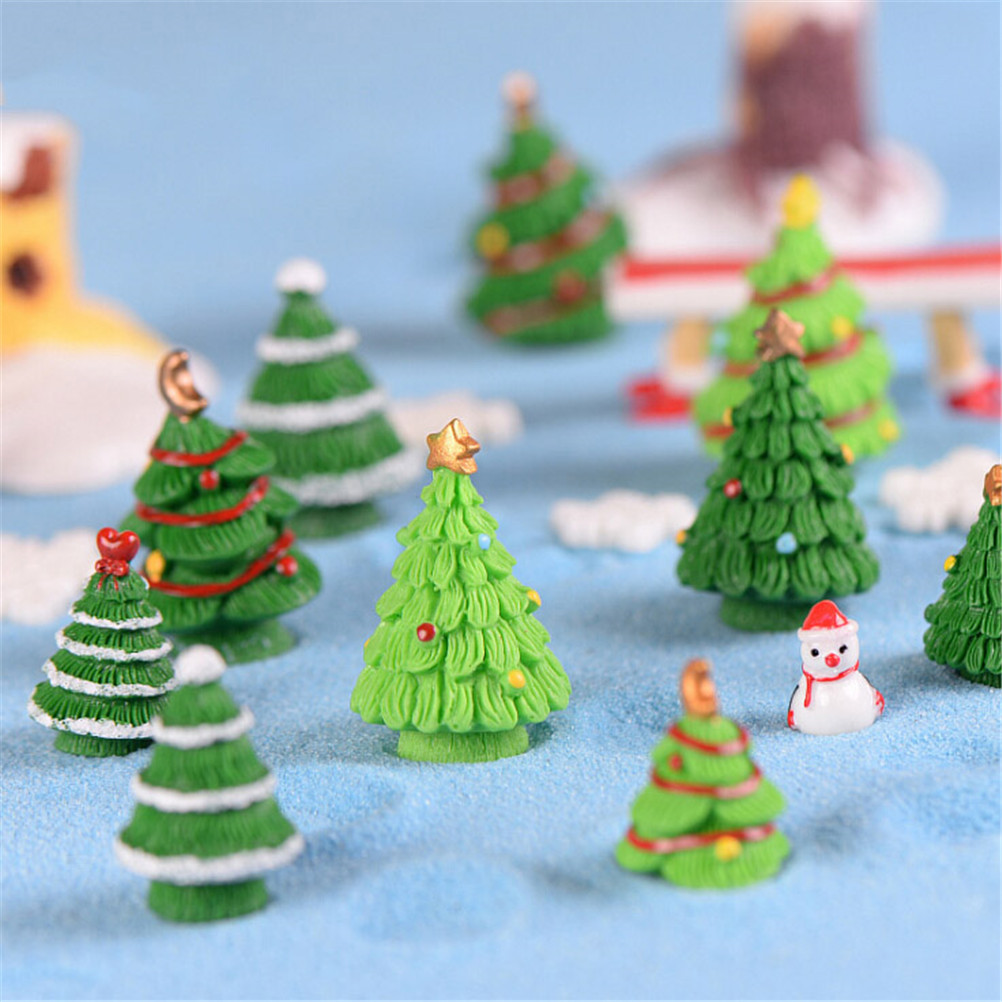 Christmas Tree In Garden: DIY Micro Landscape Accessories 2pcs Resin Christmas Trees