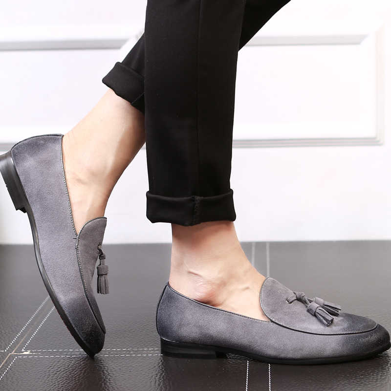 cd1d9dda39 ... 2019 Vintage Style Faux Suede Men Tassel Loafers Slip-on Men Flats Plus  Size EU37