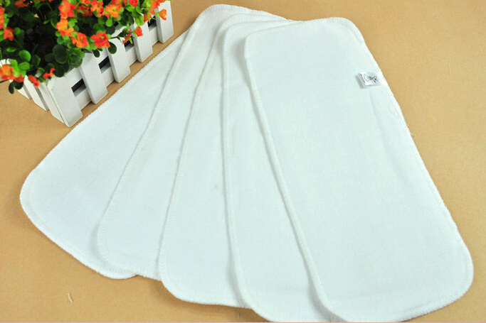 2pcs 2017 Baby Diapers Reusable baby Diapers Soft and Breathable Baby Modern cloth diaper Baby Care Products Gauze Changing mat