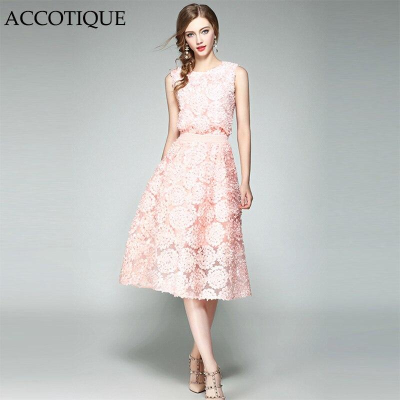 Hoge Kwaliteit Nieuwe Zomer Womens Fashion Roze Dimensionale Floret O hals Shirt + Elegante Mesh rok 2 Stuks Sets Conjunto Feminino-in Sets voor dames van Dames Kleding op  Groep 1