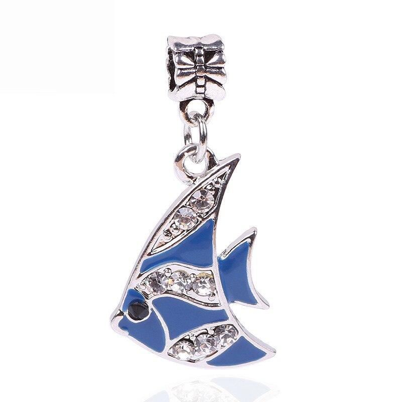 0ba636422626 Couqcy lindo moda mujeres joyería de plata Deep Sea Fish animal colgante  encantos encajar Pandora Pulsera original DIY granos