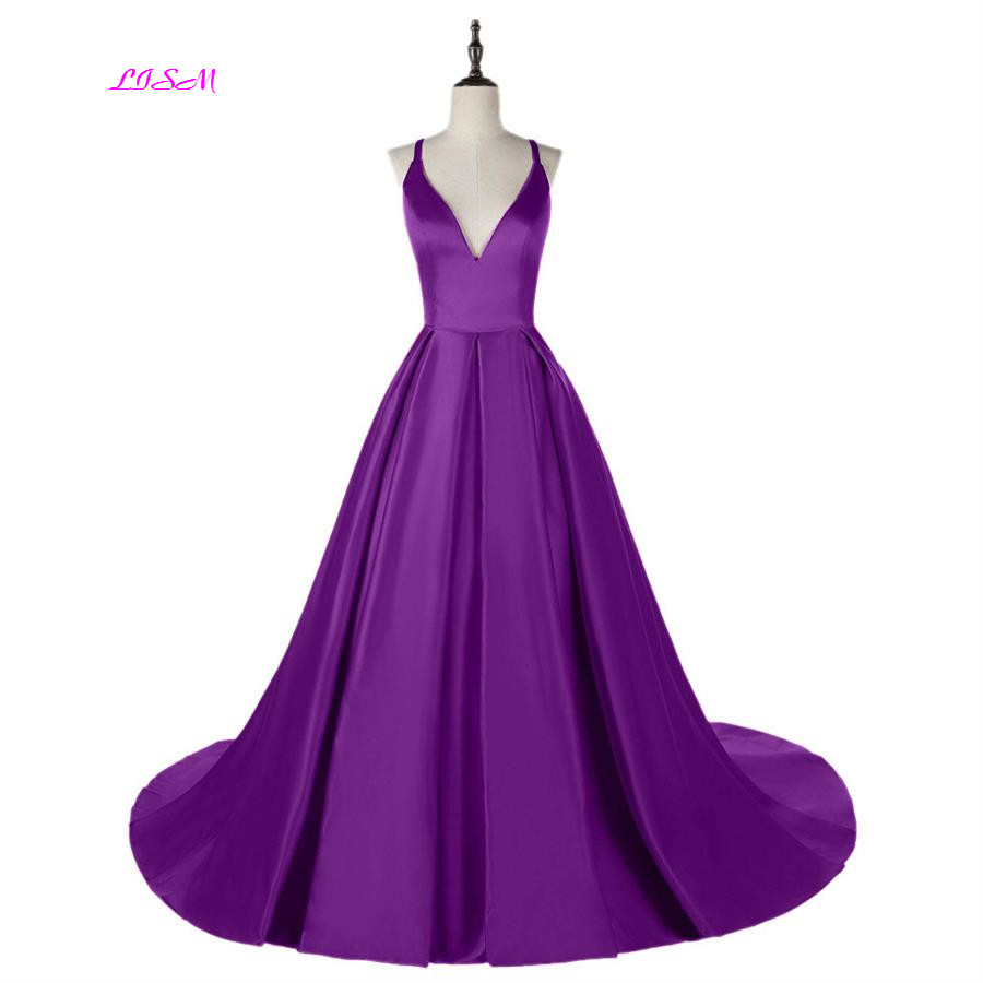 Lavender Ball Gown Princess Prom Dresses Spaghetti Straps V-Neck Satin Long Evening Dress Sexy Backless Teens Formal Party Gowns