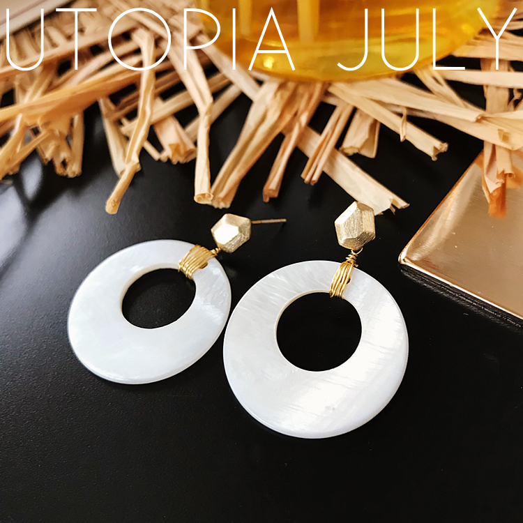 AOMU Korea New Design Pearl Matte Metal Geometric Big Round Circle Shell Long Drop Earrings For Women Beach Boho Jewelry 6