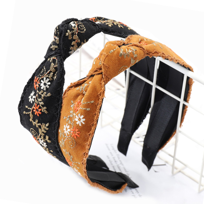 9 center knotted headband