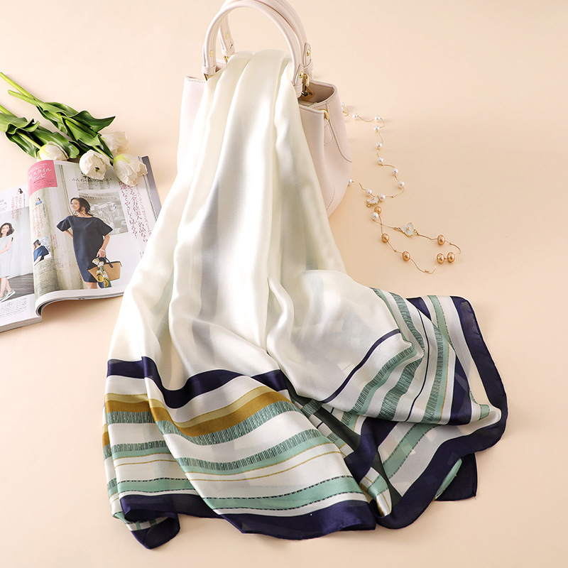2018 Summer Bew Luxury Brand Women Scarf Fashion Print Quality Silk Scarves Designer Shawls And Wraps Long Size Bandanas Foulard