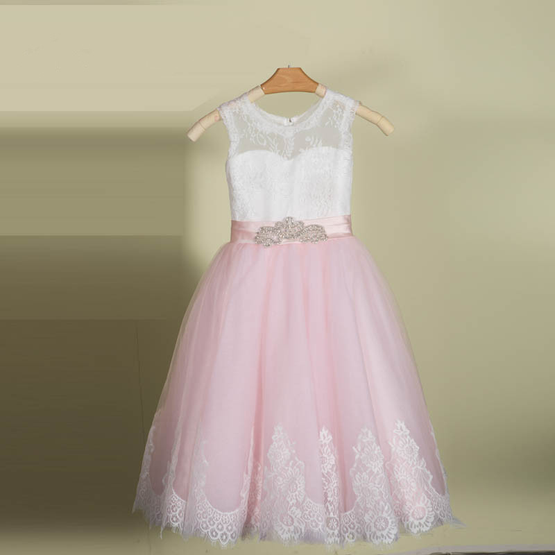 Pink First Communion Dresses with Beaded Sash 2017 vestido daminha Ball Gown Princess Pageant Gowns Flower Girl Dress lovely pink ball gown short flower girl dresses 2018 beaded pearls first communion dresses for girls pageant dress