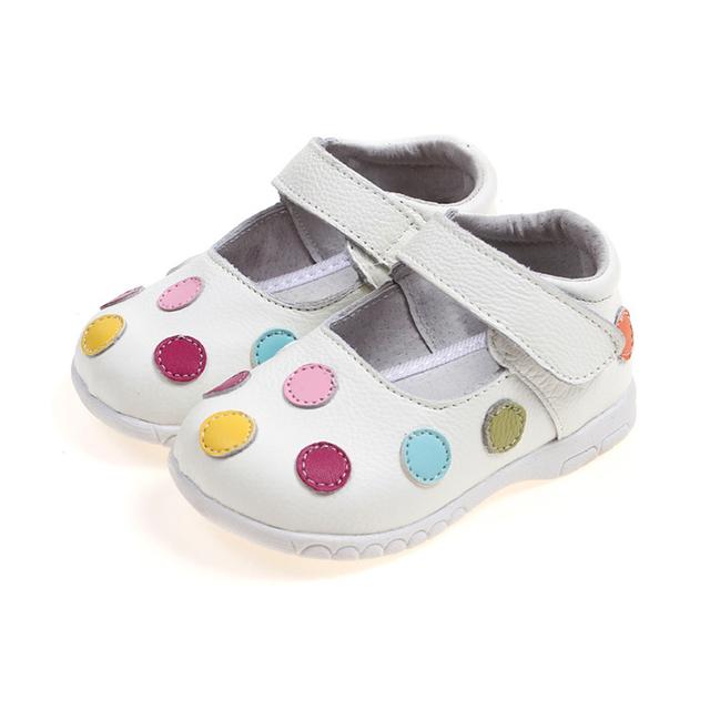 Zapatos del Niño Del bebé 2017 Nueva Primavera de Cuero Genuino Zapatos de Los Niños para Las Niñas Polka Dot Niños Sandalias de Las Muchachas Zapatos de La Princesa