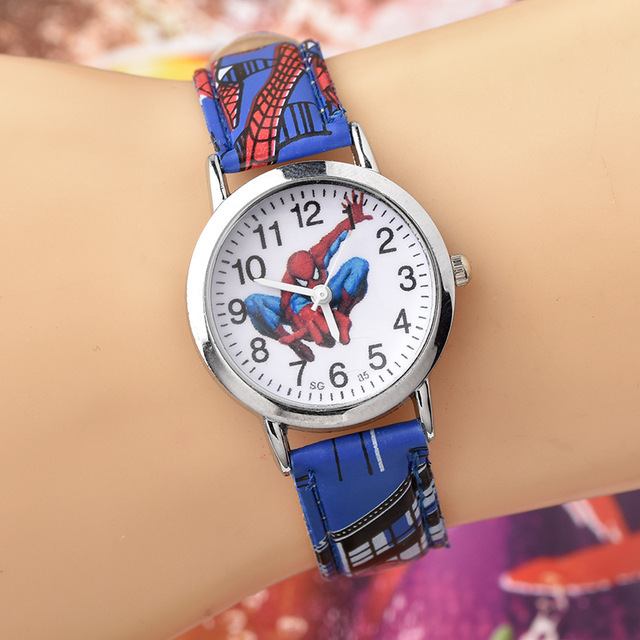 ספיידרמן שעון חמוד Cartoon שעון ילדים שעונים בני חג המולד מתנה עור קוורץ שעון