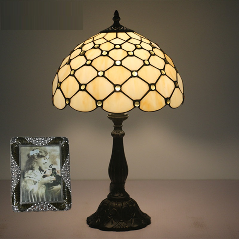 LukLoy Retro Glass Bedroom Bedside Table Lamp European and American Tiffany Restaurant Study Bar Cafe Hotel Room Table Light luxary classic american bedroom table light foyer european crystal table lamp glass tall table light bedside hotel table lamp