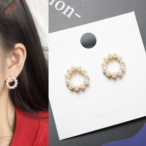 Simple geometry girl pearl Pearls Earring Jewelry Women Wedding Bridal Gift Shell Drop Earrings Party Statement The new earrings