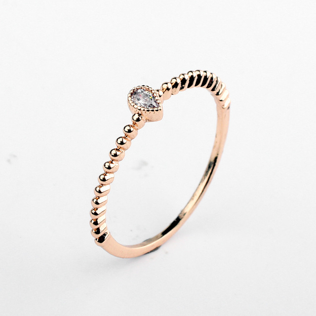 2016 Brand Real Austrian Crystal  Rose gold Color Zirconia Water Drop Simple  Rings for Women Anti Allergies 97586