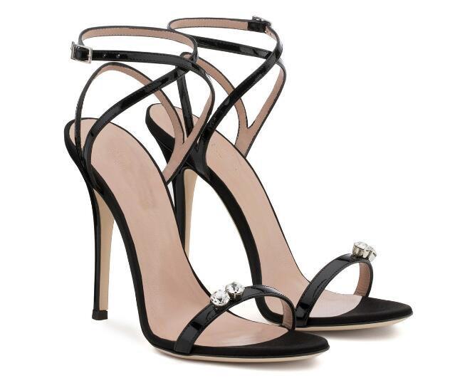 sandały szpilki czarne bardzo cienkie paski