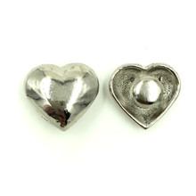 200Sets Wholesale DIY Silver Tone Heart Shape Spike Studs Spots Garment Rivets 16x15mm