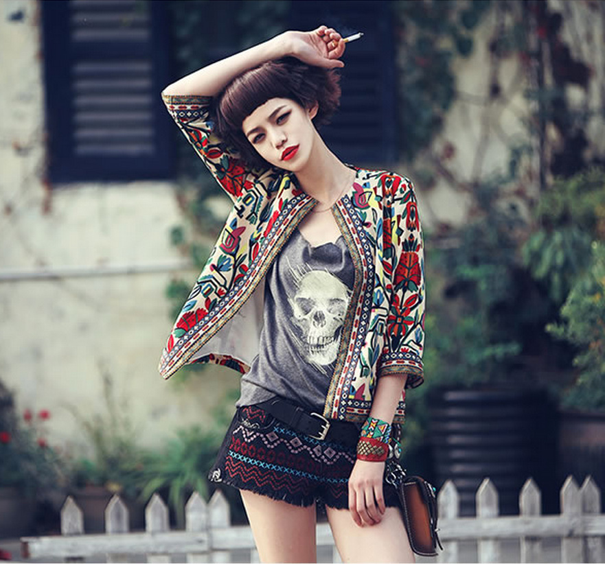 New 2016 Spring Women Outerwear Vintage Women Lady Ethnic Floral Print Embroidered Short Jacket Slim Coat