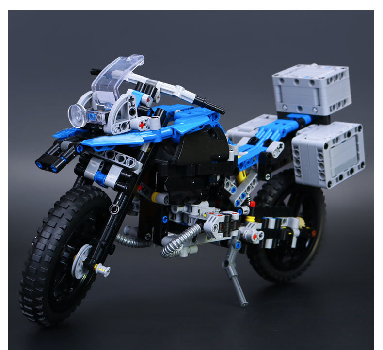 Lepin 20032 603Pcs Technic The car Off-road Motorcycles R1200 GS Building Blocks Bricks Educational Toys For Children 42063 lepin 20032 technic series the bamw off road motorcycles r1200 gs building blocks bricks educational toys 42063
